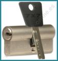 Cilindro MUL-T-LOCK 7X7 Europerfil 76mm Latón