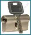 Cilindro MUL-T-LOCK MT5+ Europerfil 71mm Latón