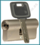 Cilindro MUL-T-LOCK MT5+ Europerfil 91mm Latón